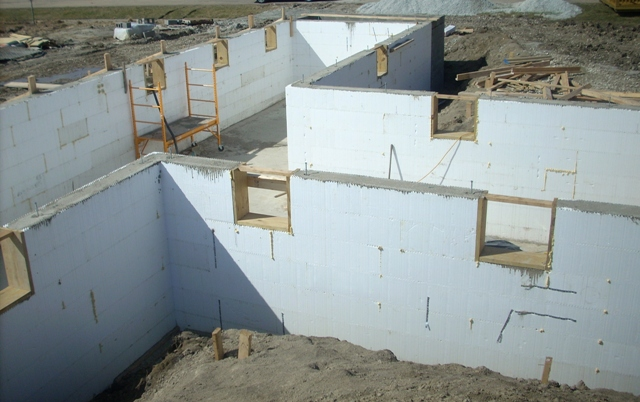 River valley quality builders picture gallery for Icf basement construction